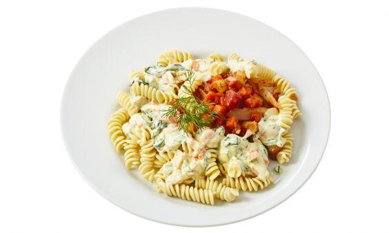 Standaard Fusilli met gerookte zalm, dille en spinazie