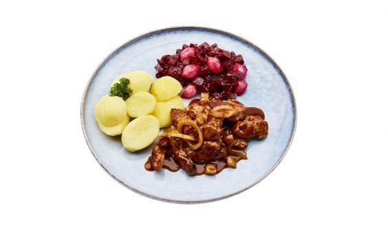 Zoutarm Vegetarische hachee, rode bietjes met zilveruitjes en gekookte aardappelen