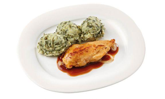 Gluten- en lactosevrij Andijviestamppot met kipfilet in uienjus