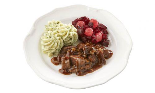 Standaard Hachee, rode bietjes met zilveruitjes en aardappelpuree met tuinkruiden